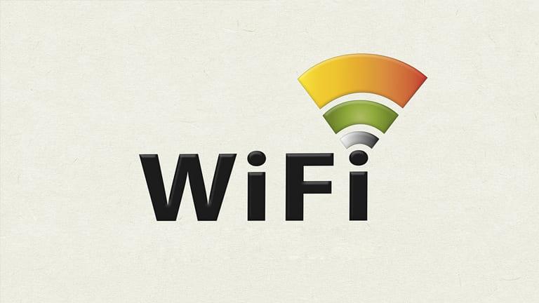 wifi hidup sendiri